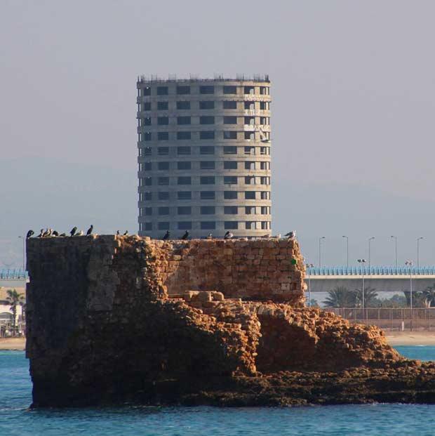 Flies tower in Acre port