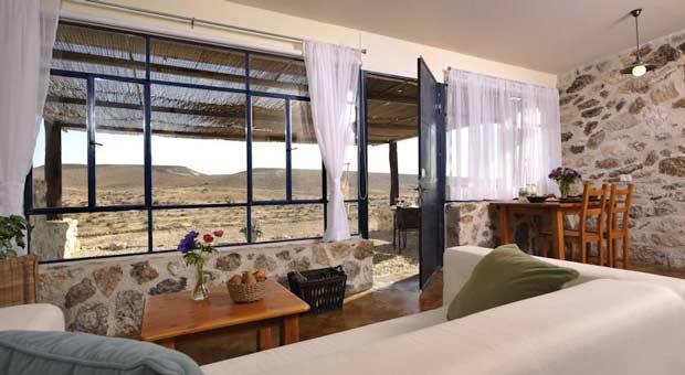 accommodation in Israel - Havot-Bodedim