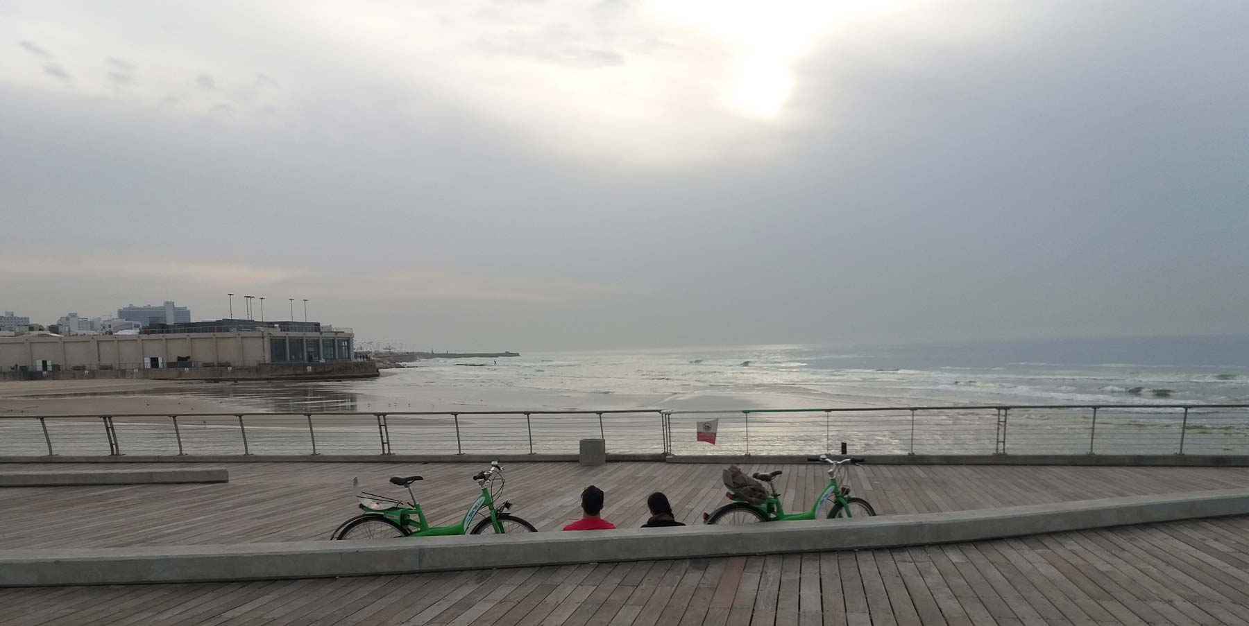 The best way to get around Tel Aviv: by bike.
